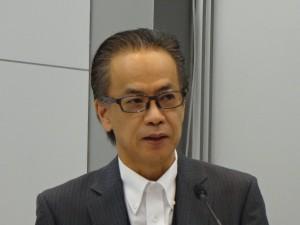 ※「T-Connect」について説明するトヨタ常務役員の友山茂樹さん